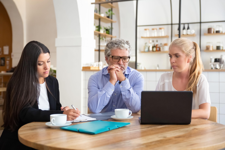 avocats-couple-réunion